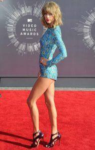 Taylor Swift sexy (9)