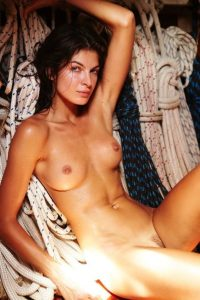Yaya Kosikova naked (8)