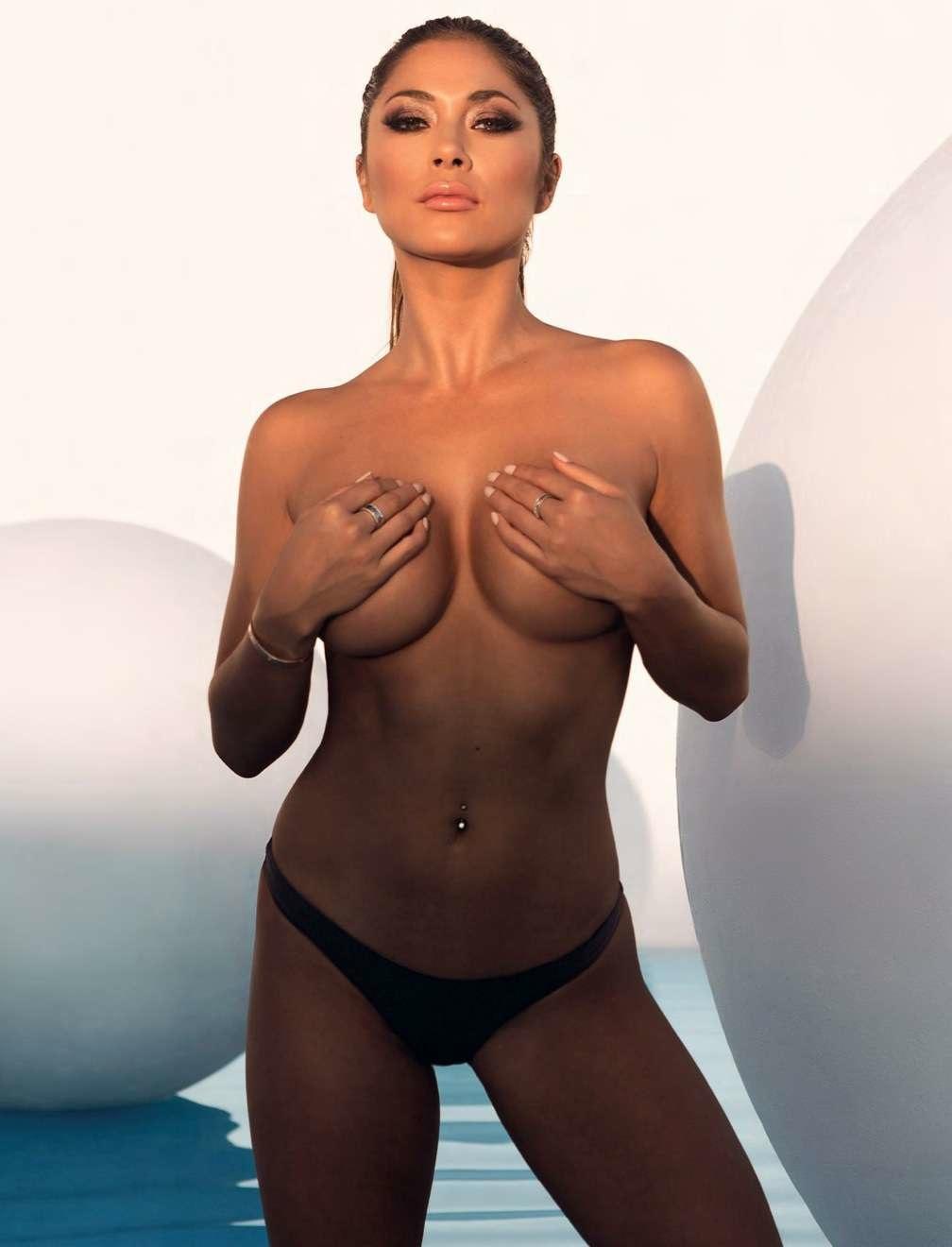 Nude arianny celeste Arianny Celeste