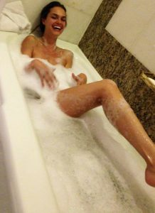 Lisalla Montenegro in bath 2