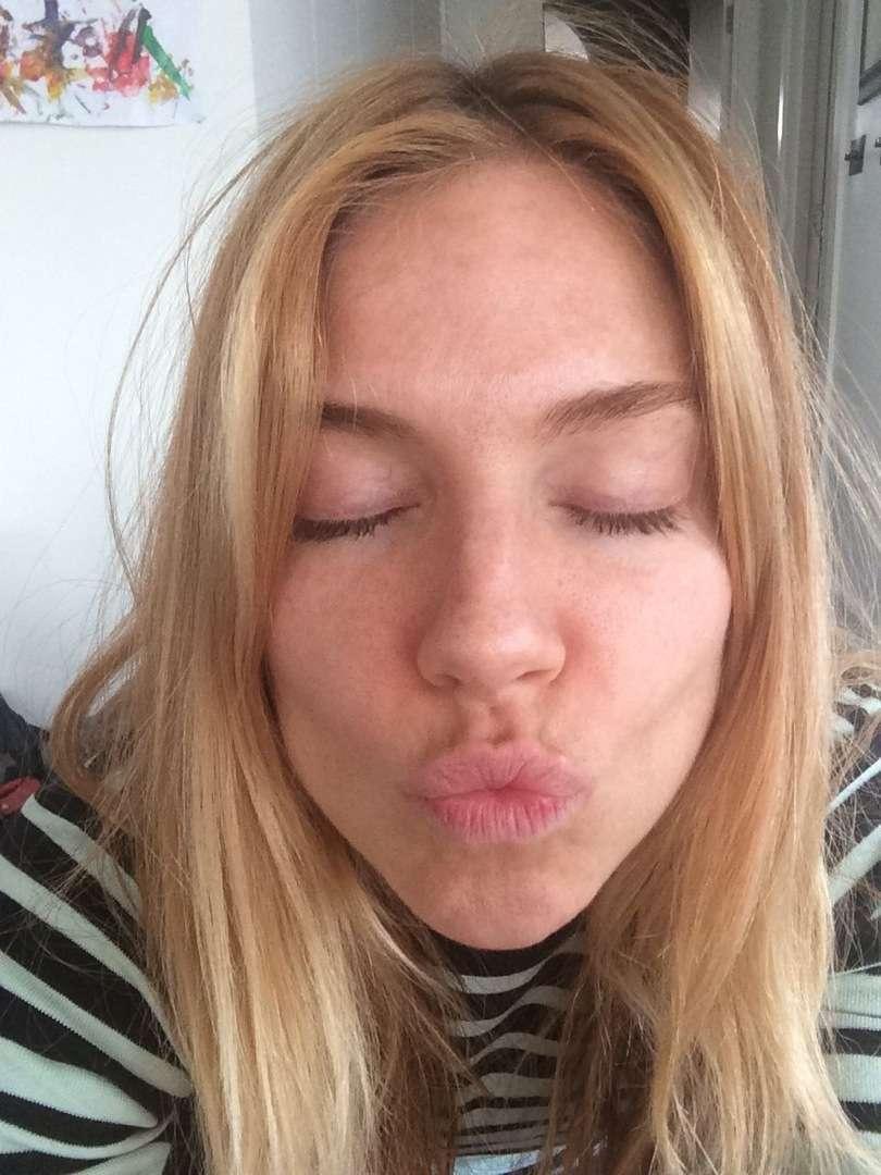 Sienna Miller xxxthefappening.com