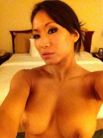Gail Kim tits